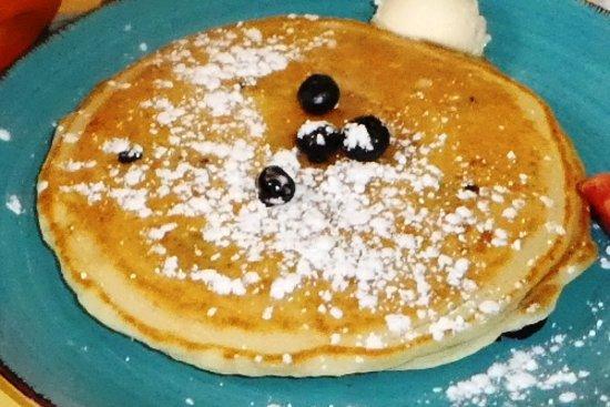 Malia's Cafe : Shortstack - Blueberry