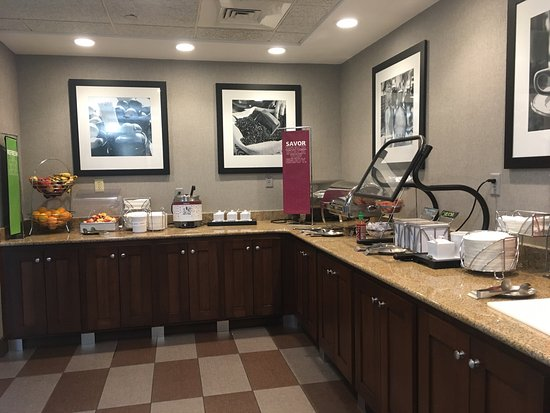 Hampton Inn & Suites Tampa/Ybor City/Downtown: We had a pleasant stay for two nights for A wedding