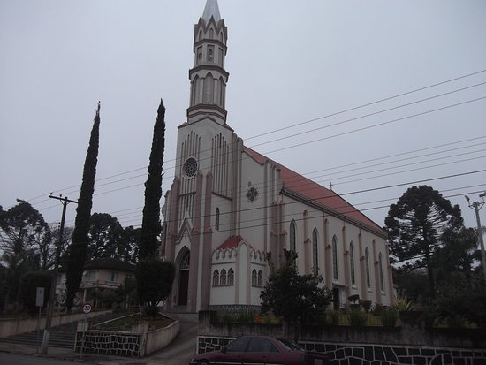 Prudentopolis, PR: Igreja Nossa Senhora das Graças