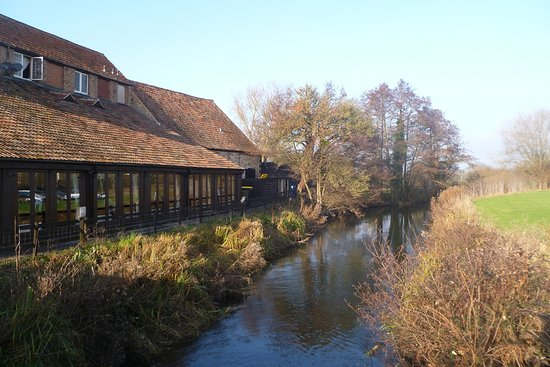 Fromebridge Mill: Setting by canal
