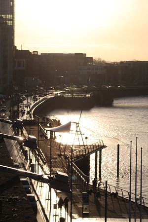 The Pier Hotel, Limerick: Limerick City and the quays