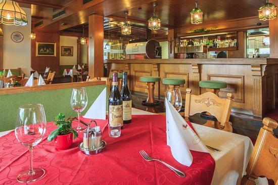Absam, Austria: auch die Bar ein Platz zum Wohlfühlen