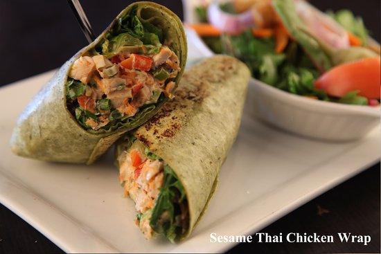 Barrie, Canada: Sesame Thai Chicken Wrap
