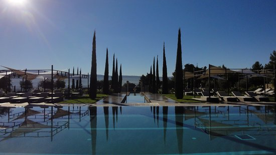 Gargas, Frankrike: les piscines
