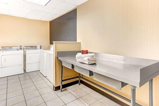 Murfreesboro, TN: Guest Laundry Facility