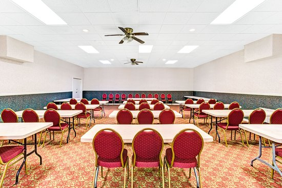 Ramada Murfreesboro: Meeting Room