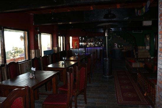 Daman, Nepal: The restaurant