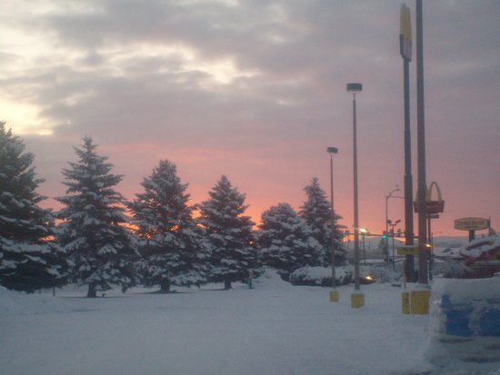 Sunrise in Blackfoot, ID after Winter Storm Decima