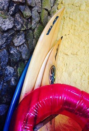 Pousada Itauna Inn: Surf board rental
