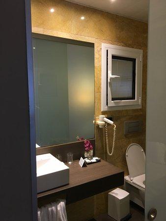 Glaswände Bad bad ist schön aber mit glaswand zum zimmer picture of nouvel hotel