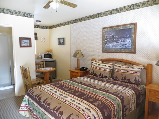 Sequoia Lodge Photo