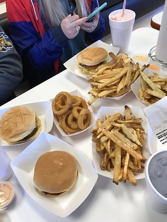 Valley Center, KS: Lunch for 6