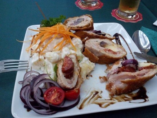 Vadasz Restaurant & Hotel