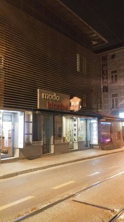 Hotel Divan: IMG-20161220-WA0007_large.jpg