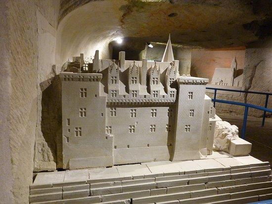 Pierre et Lumiere: le chateau de montsoreau