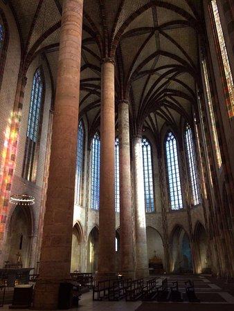 Basilique Saint-Sernin: photo1.jpg