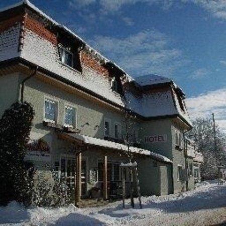 Kusterdingen, Germany: Landgasthof Mayer's Waldhorn