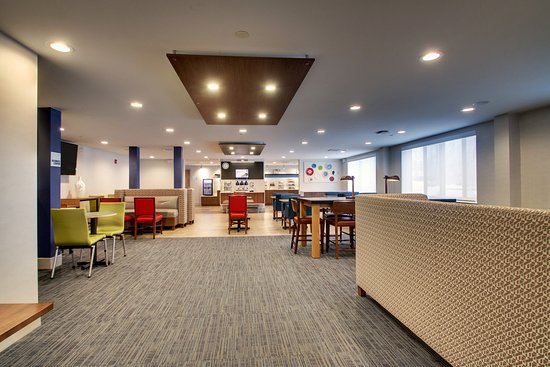 Holiday Inn Express Amp Suites Lincoln East White