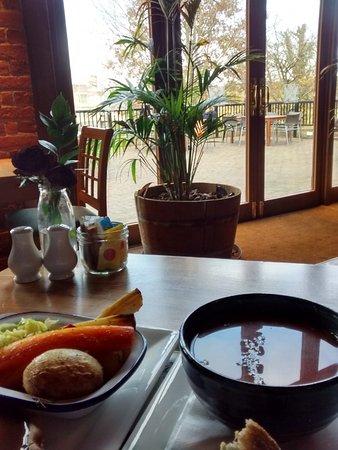 Leeds, UK: Nice food and view