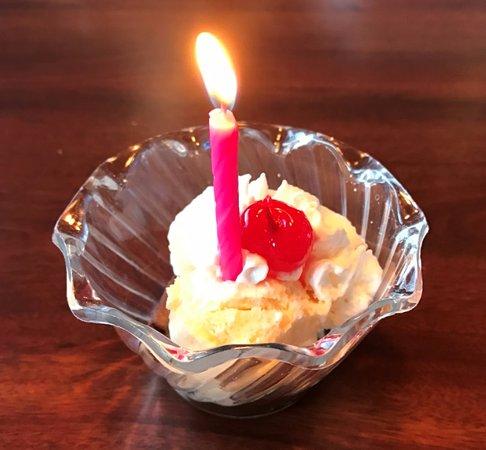 ฟอเรสต์ซิตี, ไอโอวา: Birthday treat