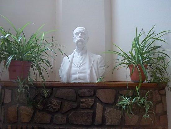 Biblioteca Popular Ernesto Tornquist