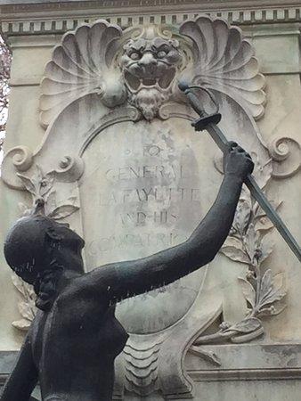 Lafayette Square : Major General Lafayette statue