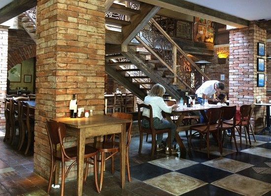 Lá em Casa Restaurante: photo1.jpg