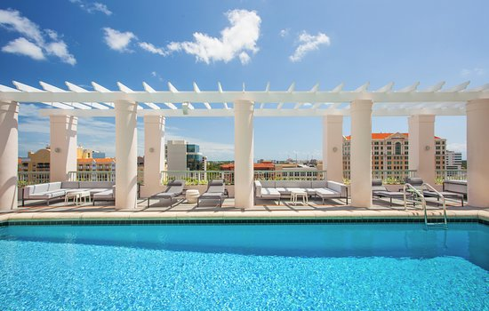 Hotel Colonnade Coral Gables, a Tribute Portfolio Hotel: Outdoor Pool