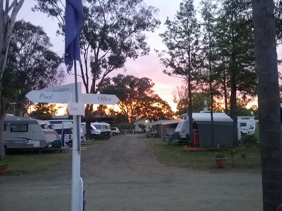 Nulkaba, Australia: Wine Country Tourist Park Sunset