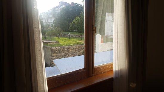Hotel Tres Reyes: Vista al jardín