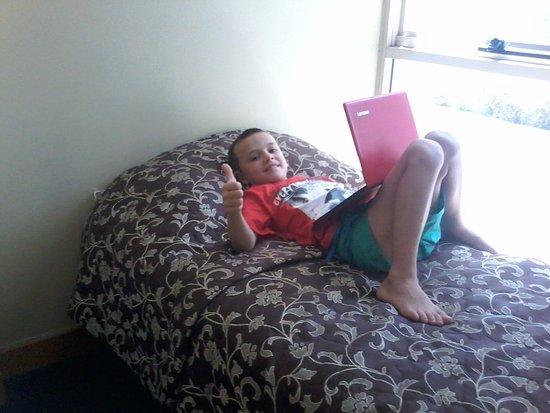 Killara, Australia: This is a photo of my boy enjoying the hotel.