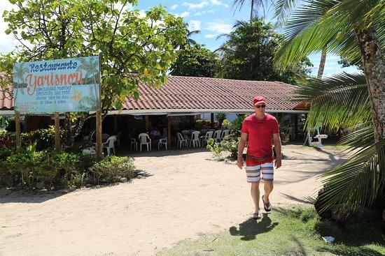 Yarisnori: Beach side dining