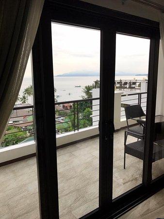 Sabang, Filippinene: Room 4, balcony.