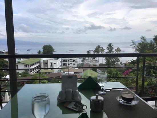 Sabang, Filippinene: View from Manarra Restaurant.