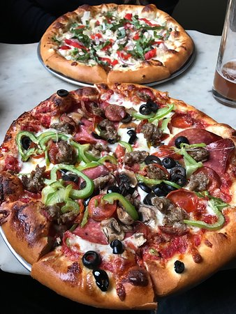Old Town Pizza & Brewing: Yummy!!