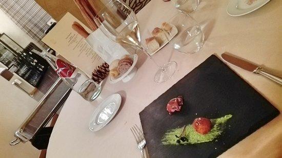 Ristorante Berbel : Ottimo ristorante sia per la qualità del cibo che per il servizio. Complimenti!
