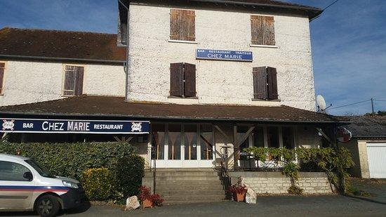 Sarrazac, Francia: de l'extérieur