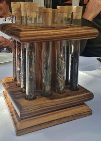 Lakeside Hotel: Loose-leaf Tea