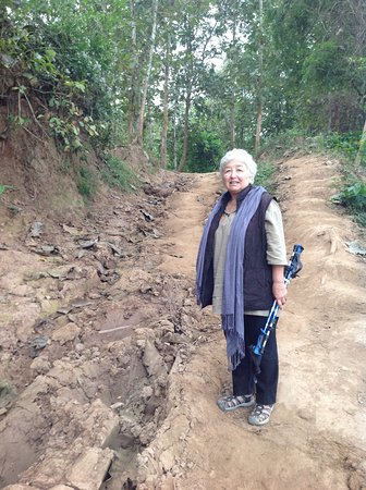 Ban Xieng Lom, لاوس: Some uphill parts, but not too many