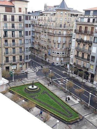 Hotel Niza: vu de la chambre au 6 eme étage