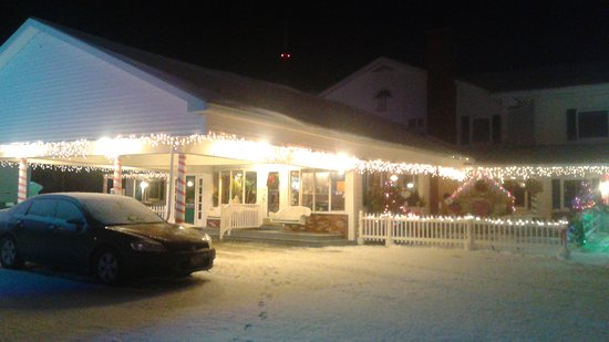 Vacationland Inn: 20161214_055607_large.jpg