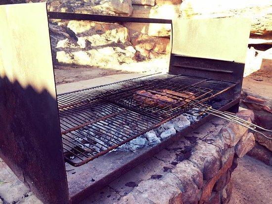 Cederberg, جنوب أفريقيا: The BBQ area of stone cottage 1