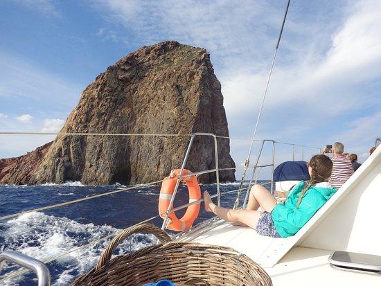 Adamas, Griechenland: Sailing around Milos