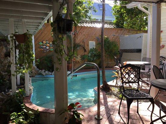 Garden House: photo1.jpg