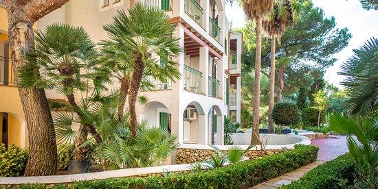 Cala Pi, إسبانيا: Jardines