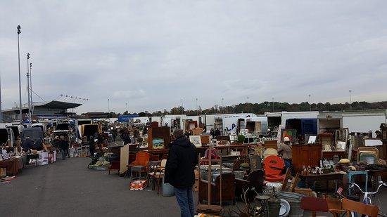 Sunbury Antiques Market On