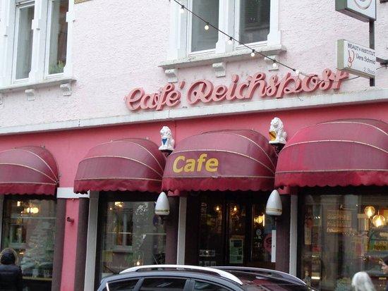 Ansicht des Cafes`s von der Bahnhofstraße in Eberbach