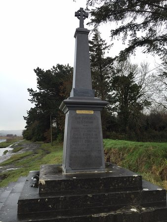 Killorglin, Irlanda: Monument to patriots