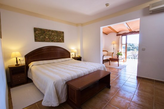 Hotel Rural & Spa Monnaber Nou