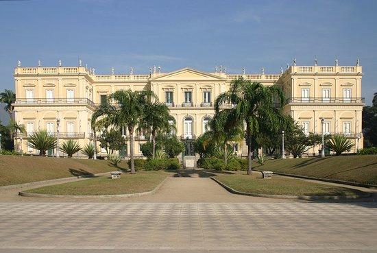 Resultado de imagem para museu nacional fachada